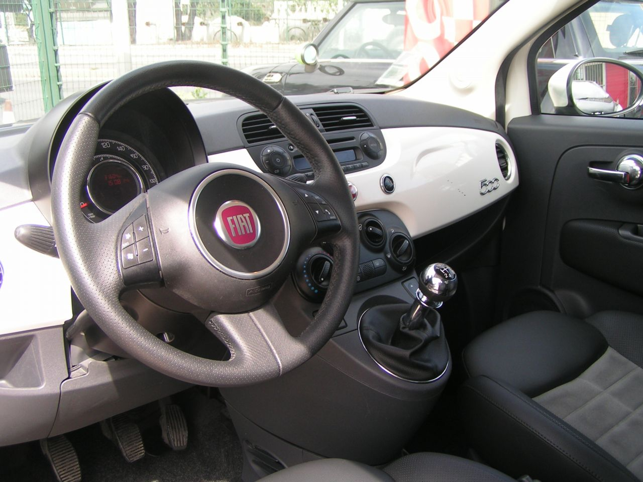 fiat 500 sport 1 2 avec 31500 km gtie 3 mois reprise auto et vente avec garantie et occasion. Black Bedroom Furniture Sets. Home Design Ideas