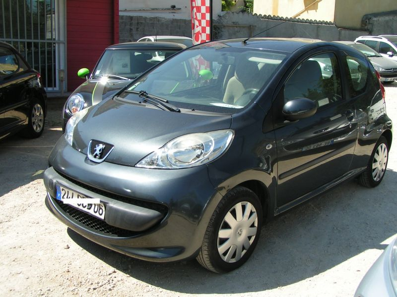 vendu cette semaine peugeot 107 hdi trendy 44 000 kms 1ere main garantie pro reprise auto et. Black Bedroom Furniture Sets. Home Design Ideas